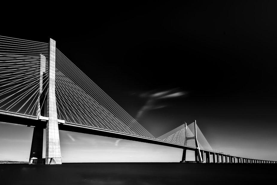 Vazko Da Gama Bridge in Lissabon