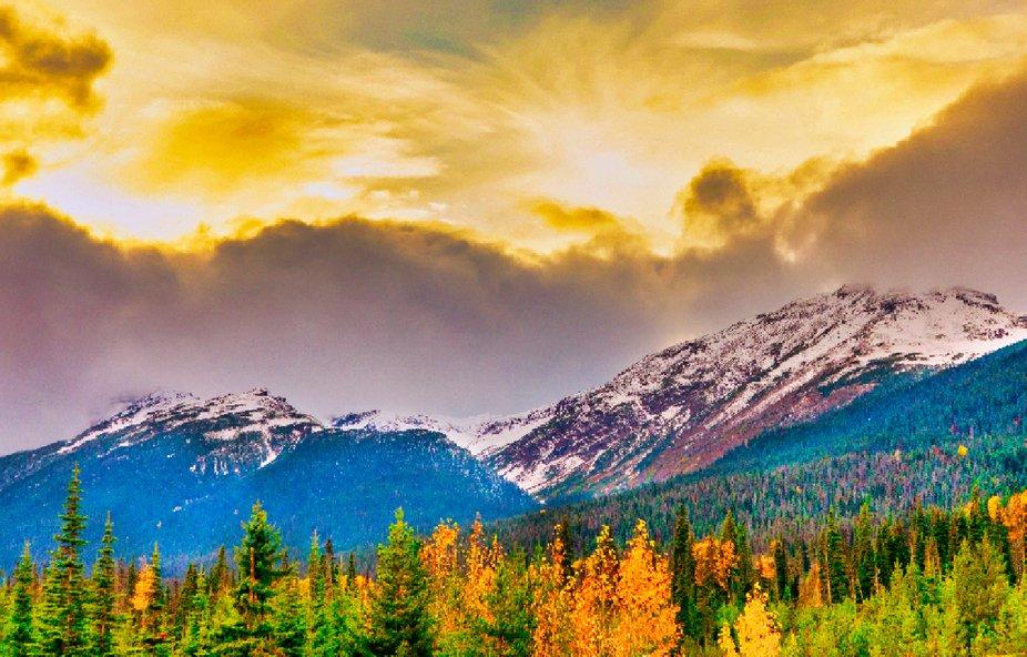 Sunrise on the mountain_