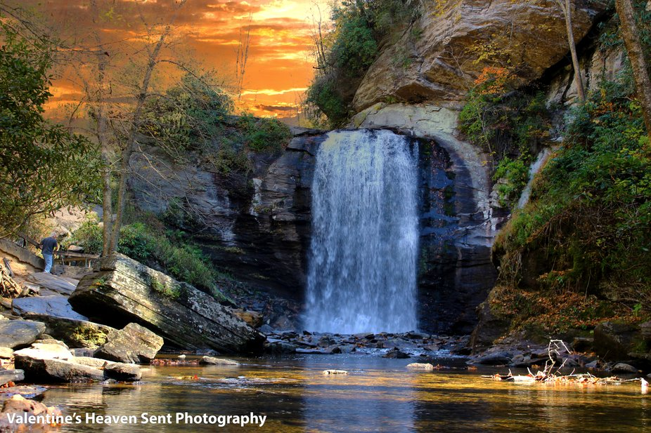 Gorgeous Water Fall in  Tennessee