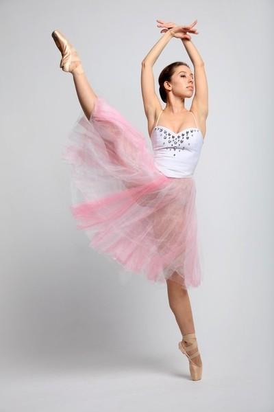 DANCE 18