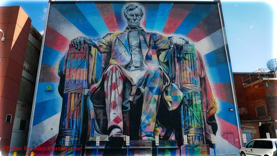 Dec. 15, 2018 Lexington, Kentucky/USA  This building mural of Lincoln is wonderfully painted on a...