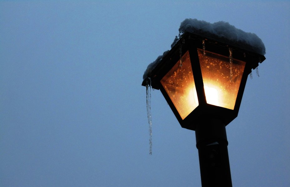 snowy light.JPG
