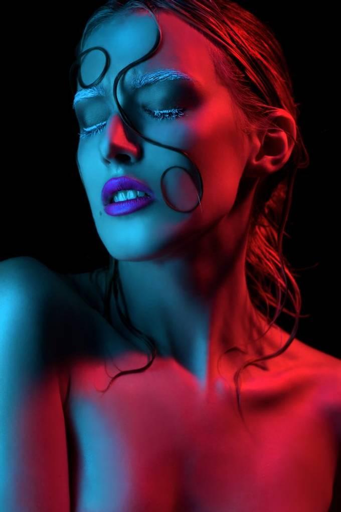 Model: Chloe MUA: Austin Oakley Hair: Kevin Camp
