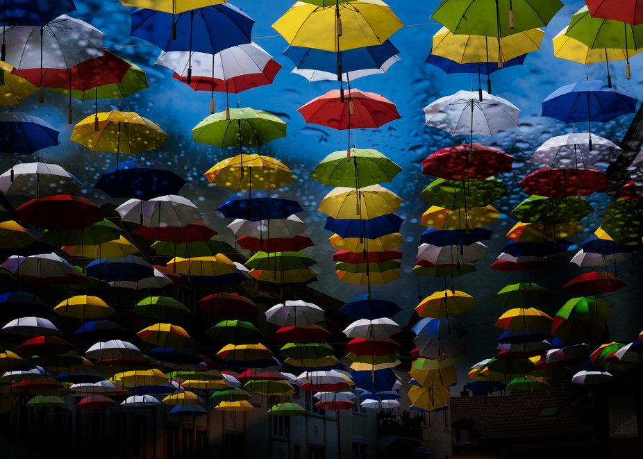 500 Umbrellas. Such a grest joyfyl action in Olten. During Summertime and Autumn 2020.