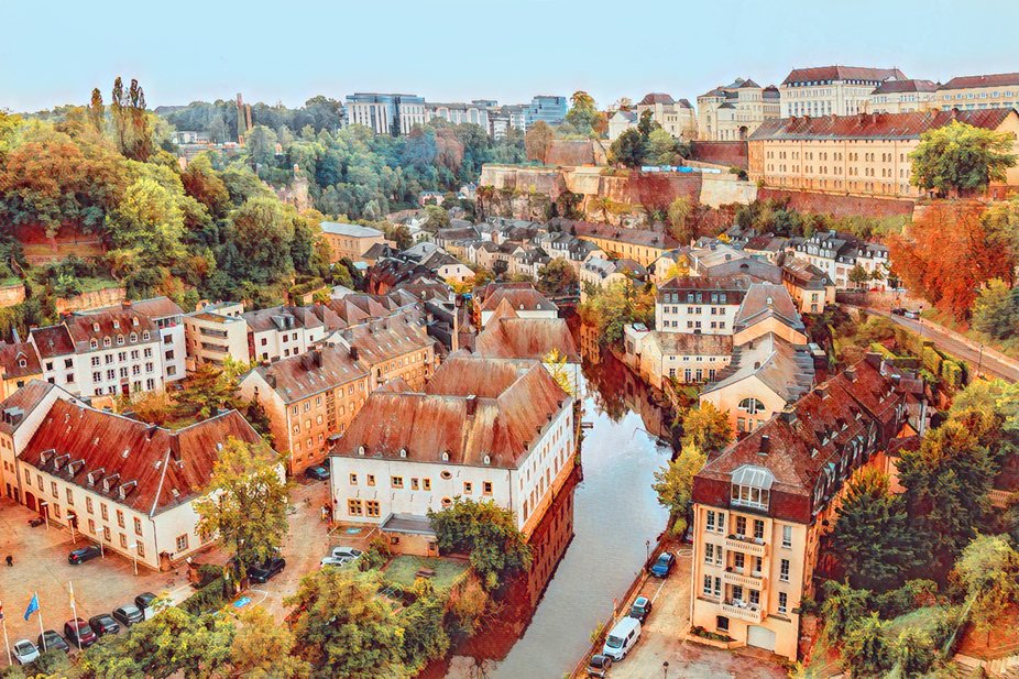 This area in Luxembourg city is Grund. It's located in the valley below the center of Lu...