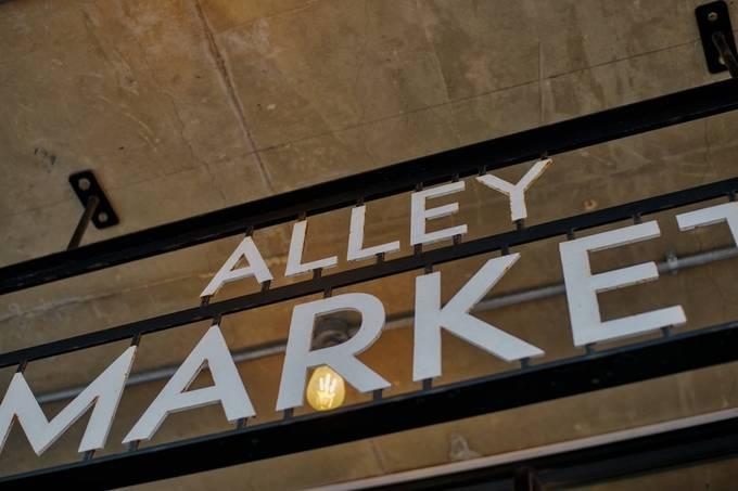Alley Market
