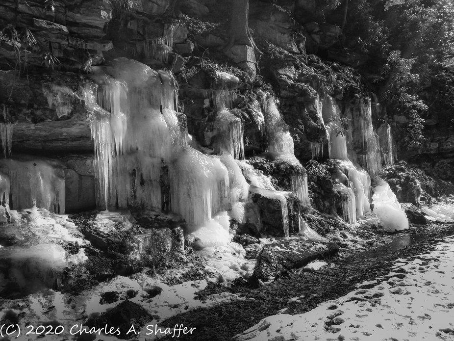 Moore Road Icefall III.JPG