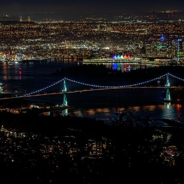A look of Vancouver from Cypress viewpoint at night