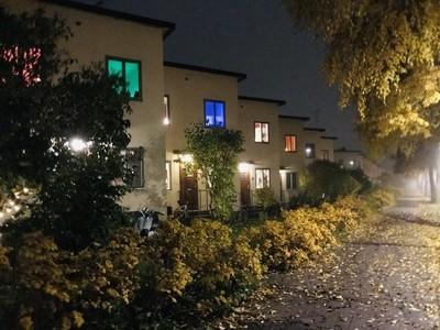 Ålstensgatan a foggy autumn night