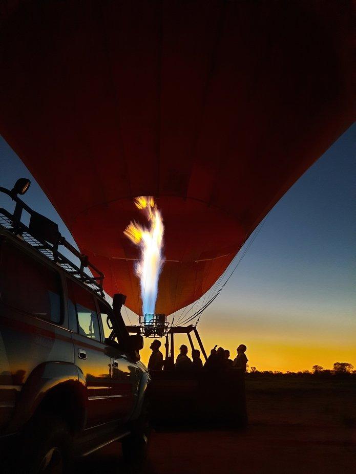 Early morning balloon flight