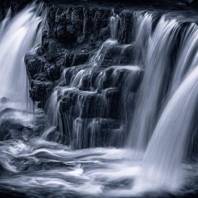 Dark falls