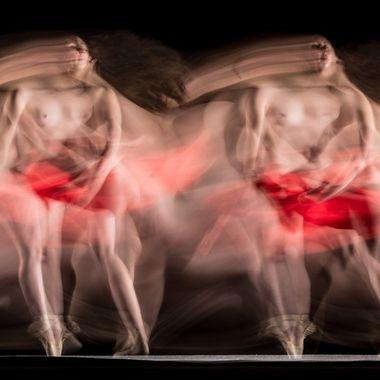 Long exposure dance photography with the wonderful dancer Salomé Oliveira / @salomejpoliveira