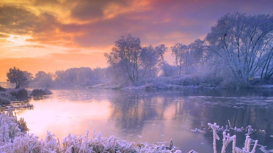 beautifull river in winter
