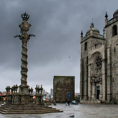 The cathedral in Oporto
