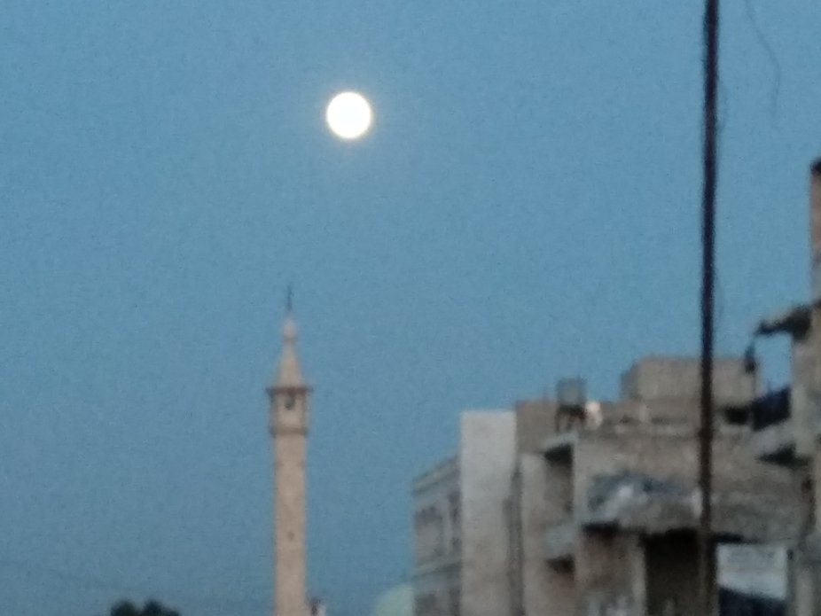 The sunset and the rise of the moon are clear in my town