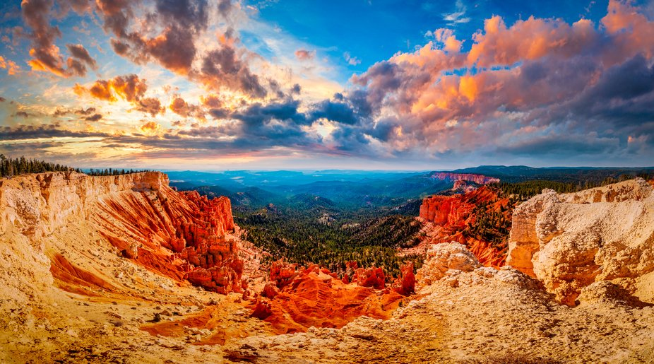 A massive panorama of Bryce Canyon National Park from the highest point in the park.
