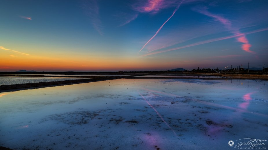 Sunset in the salt pan (3 of 3)
