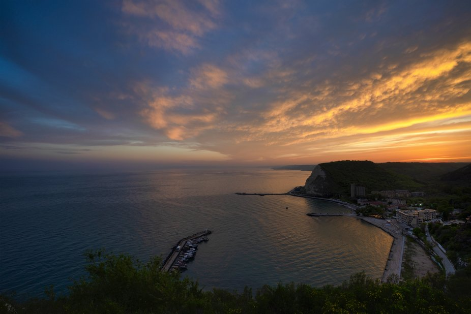 I happened to have a great sunset. The clouds changed shape and color every minute and I felt tha...