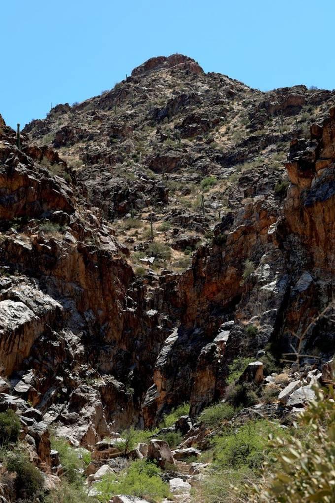 mountainscavern