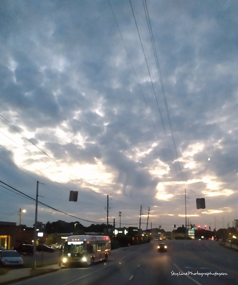 another picture I took from the back of a truck after noticing sky____ SkyLinePhotographybyavc
