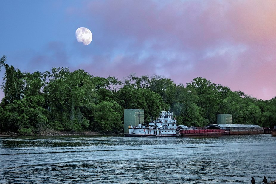 A river boat on the Cumberland River in Clarksville Tennessee