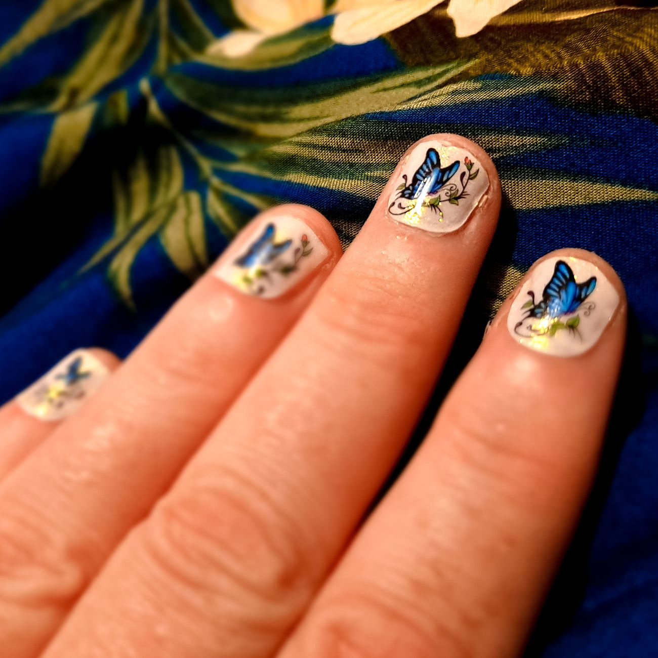 Sharing some creative nail designs with ColorStreet and adding nail stickers.