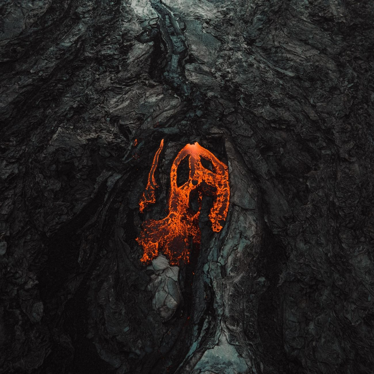 VOLCANO SCREAM Shot on DJI MAVIC AIR 2 . . They say the new volcano on the Reykjanes peninsula is a monster.  I was lucky to walk around a 4km square lava field and fly above a roaring bubbling crater and the experience was unique. There nothing like obse