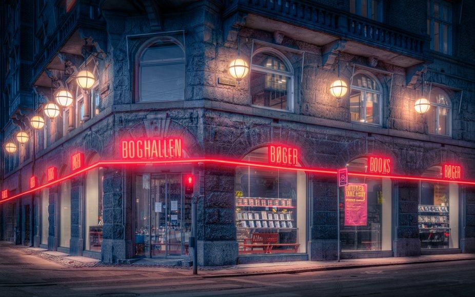 Boghallen Corner i bunden af Politikens Hus.