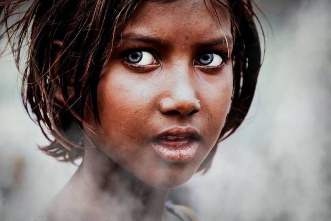 Occhi by gloriastaffa - The Eyes Photo Contest