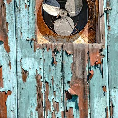 Peeling paint and rust